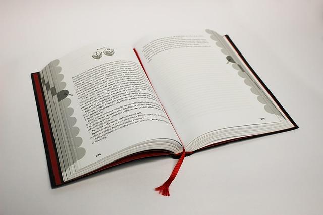 kniha, červená záložka