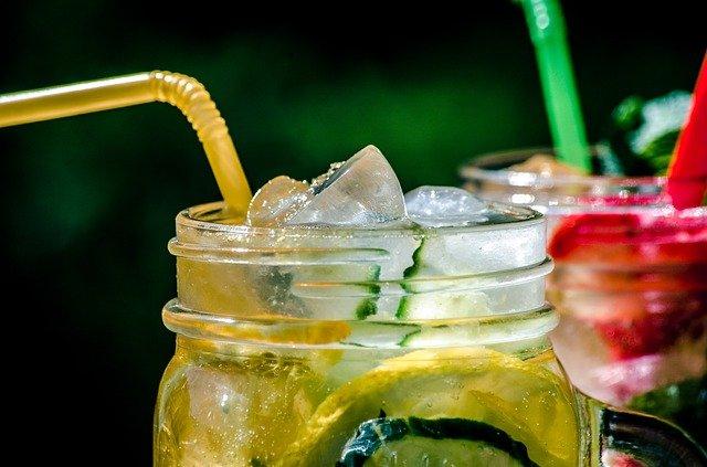 Jahodová limonáda s mátou