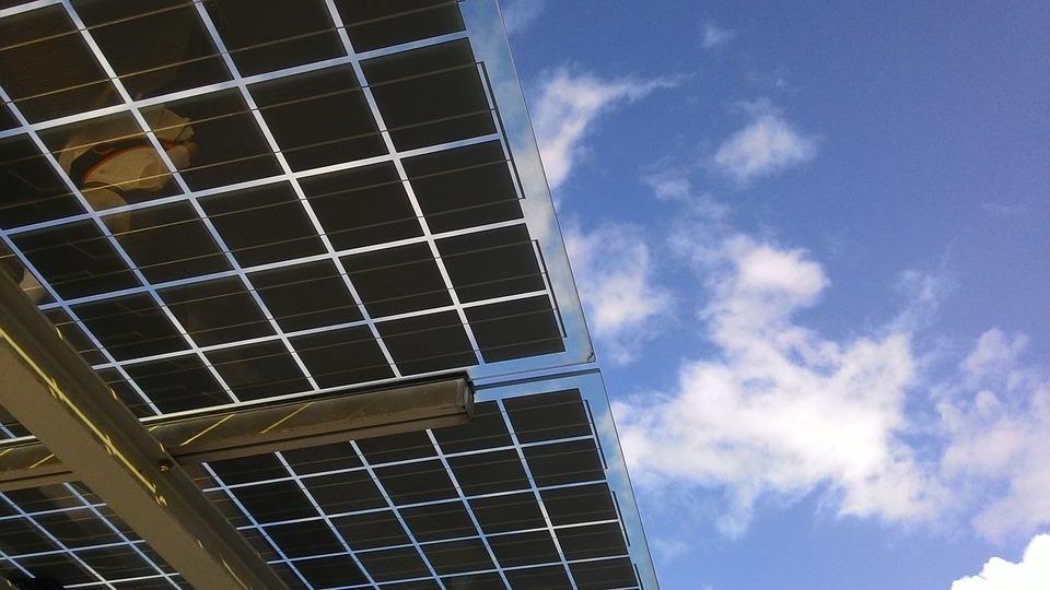 V čem spočívají výhody levných fotovoltaických panelů